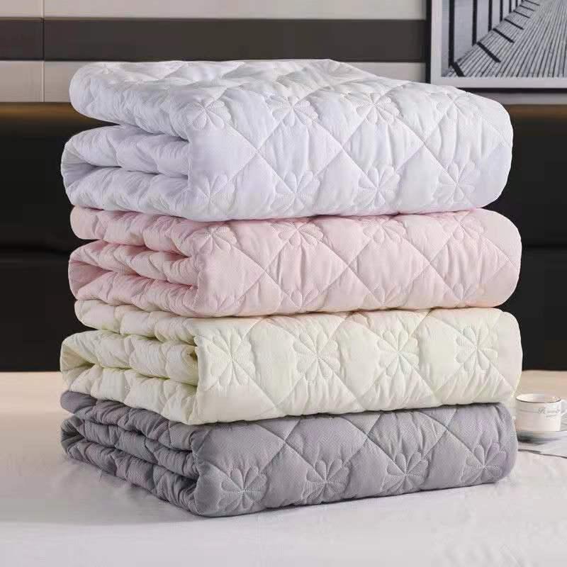 ADOREHOUSE مبطن غطاء السرير تنقش الملكة الملك فراش توبر حامي تنفس غطاء مرتبة الهواء نفاذية السرير غطاء مراتب مضاد للماء عالي الجودة