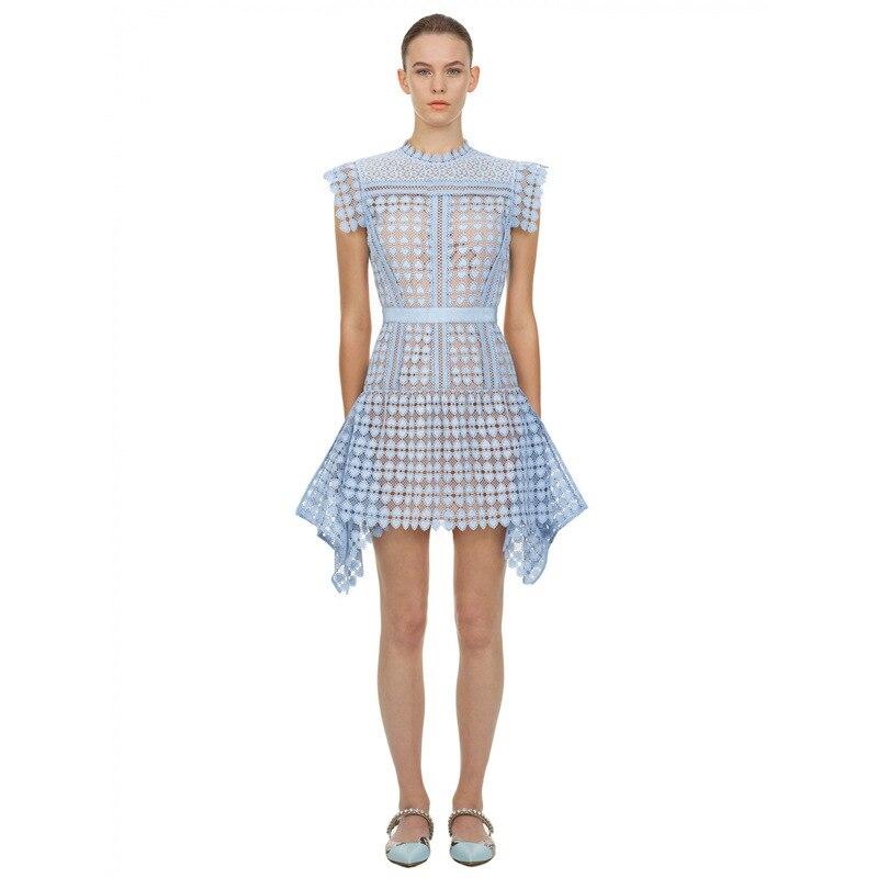 Auto retrato vestido 2020 verão feminino sexy mini azul oco vestido de renda a linha sem mangas mini vestido