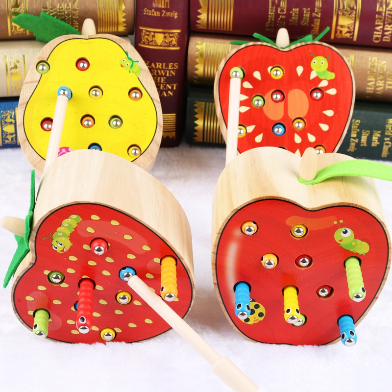 Montessori Puzzle Toys 3D Cognitive Strawberry Grasping Ability Wooden Toy Early Educational Puzzle Catch Worm Game Baby Toys недорого