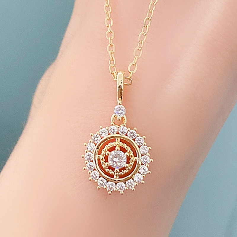 salircon geometric scallop chain necklace charming rhinestone transport new pendant necklace gold silver alloy women jewelry New Trendy 14k Real Gold Mystery Compass Pendant Necklace for Women High Quality Charming Temperament Jewelry Chain AAA Zirconia