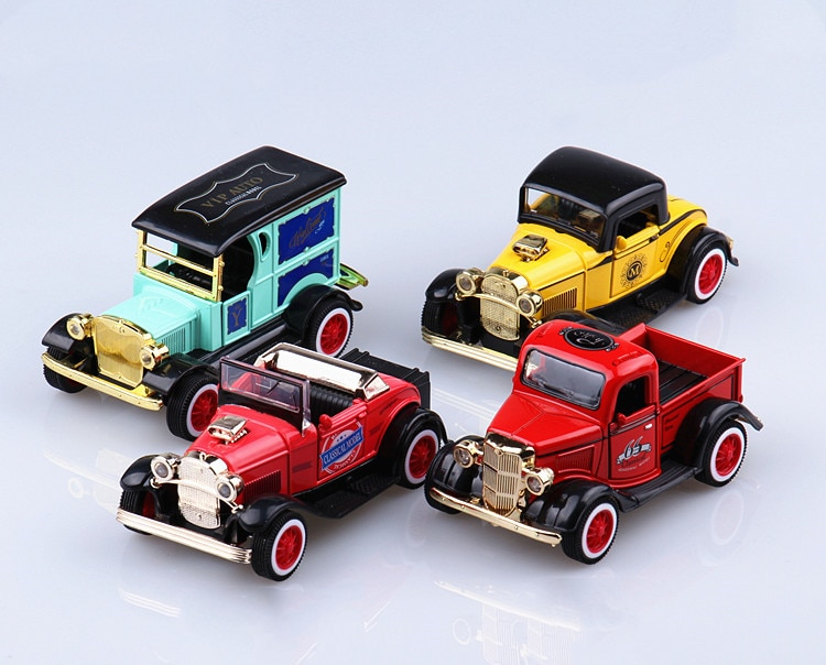 Alloy Classic Model Cars Toy Diecasts Metal Casting Pull Back Music Light Car Truck pickup Toys For Children Vehicle