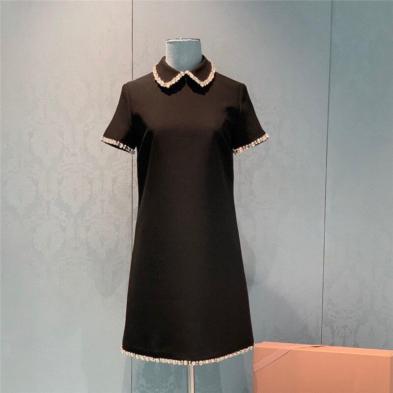 ميو الصيف اليدوية مطرز ألف خط فستان أسود صغير فستان دمية طوق الإناث