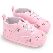 Newborn Baby Girl Shoes Floral Embroidered Soft Shoes Infant Girls Canvas Crib Shoes Causla First Wa