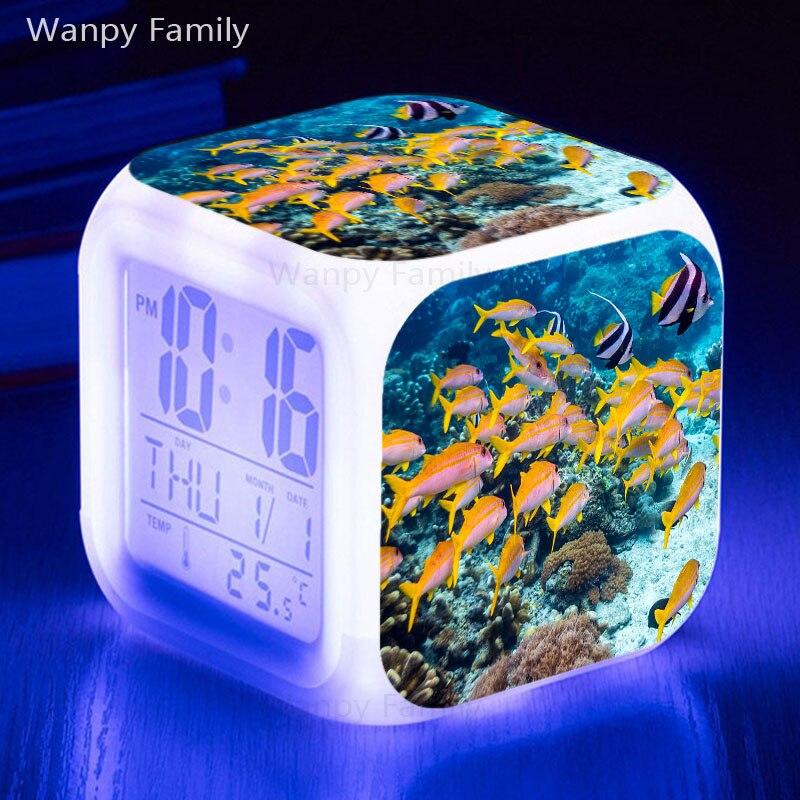 Reloj despertador LED mar mundo pez 7 colores brillantes reloj despertador Digital para niños regalo multifunción Flash reloj táctil