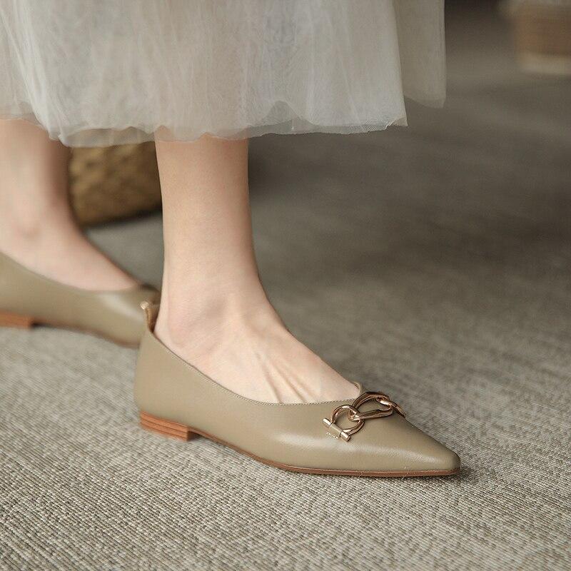 Taoffen 2021 Women Real Leather Shoes Flats Women Sexy Pointed Toe Shoes Women Design Slip On Office Work Footwear Size 34-43