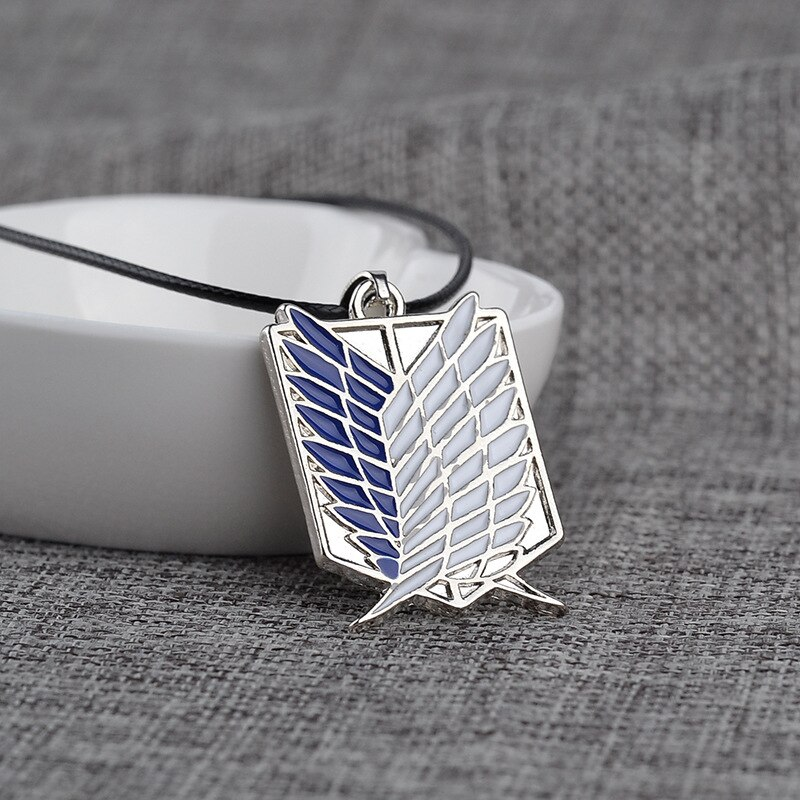 hot-anime-shingeki-no-kyojin-necklace-attack-on-titan-necklace-wings-of-liberty-pendants-necklaces-cosplay-jewelry-collares