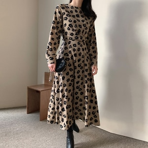 Winter Bodycon Dress Korean Fashion Chic Floral Print Autumn Full Sleeve 2020 Dresses for Women A-line Elegant Black Robe Femme