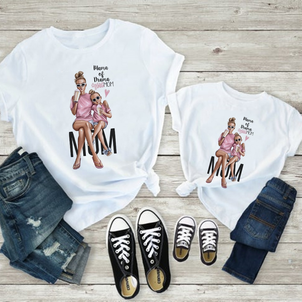 Купить с кэшбэком Hipster Loose T shirt Super Mom Pretty Mama Daughter Clothes Cheap Pop Casual Baby Girl  Clothes Simple Versatile Family Look