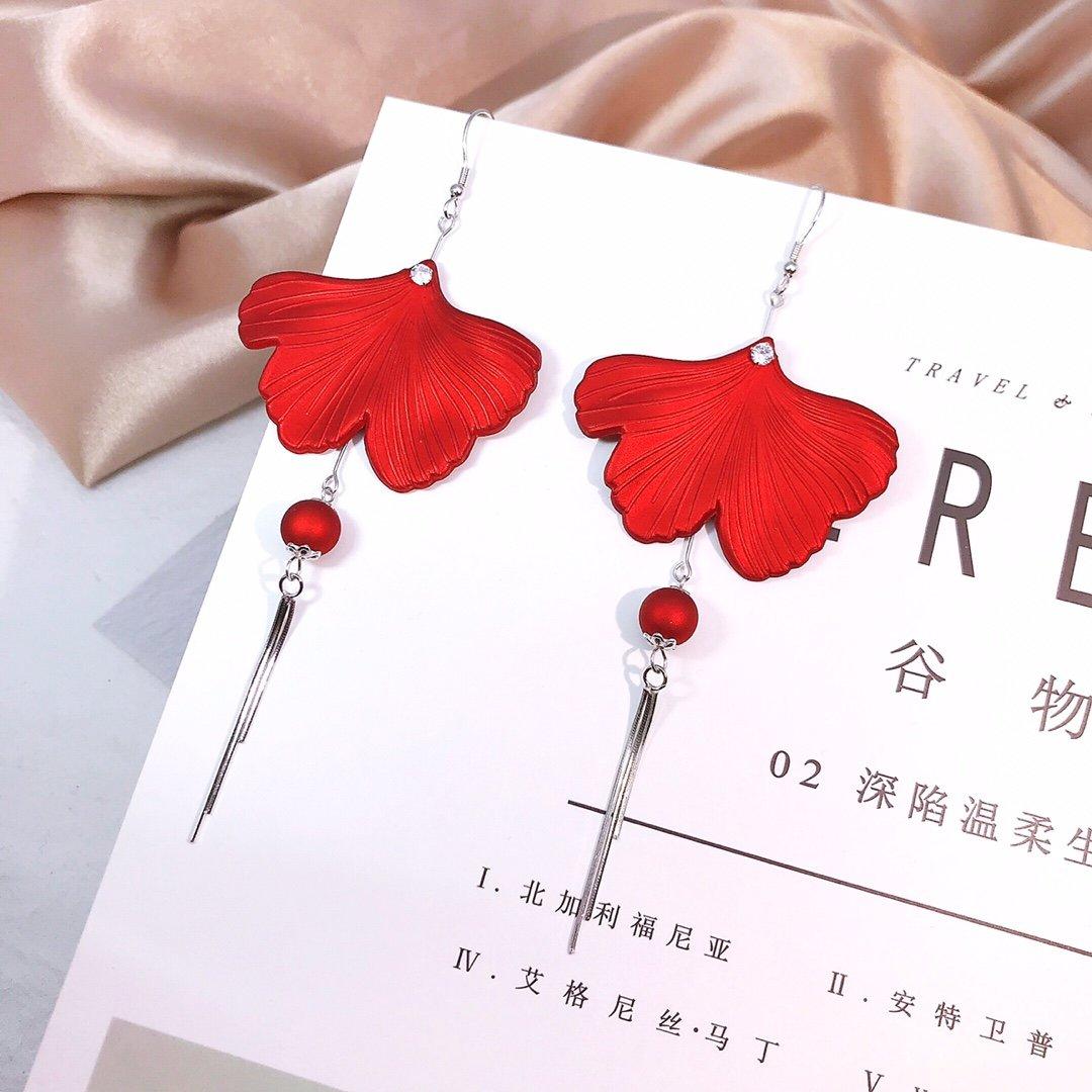 Plata esterlina 925 Original borla de las mujeres rojo pétalo pendientes lóbulo flores frescas ladrón oído Stud borla brillante Eardrop