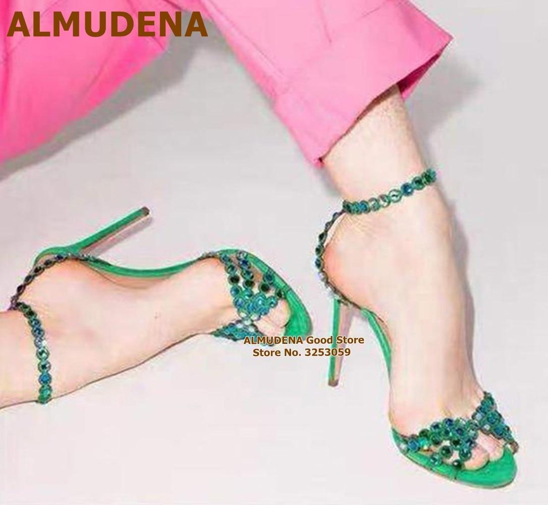 ALMUDENA الأخضر الأرجواني بلينغ بلينغ كريستال الصنادل رقيقة عالية الكعب Strappy مطرز العروس أحذية لامعة مجوهرات مأدبة مضخات Size43
