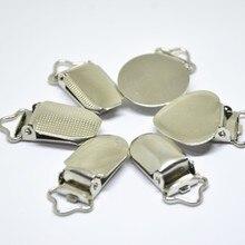 الفضة معدن الطفل الدمية مشابك مصاصة للرضع أصحاب شقة مستديرة الوجه نقطة القلب المشبك الحمالة الملابس والاكسسوارات البلاستيك إدراج 30 قطعة