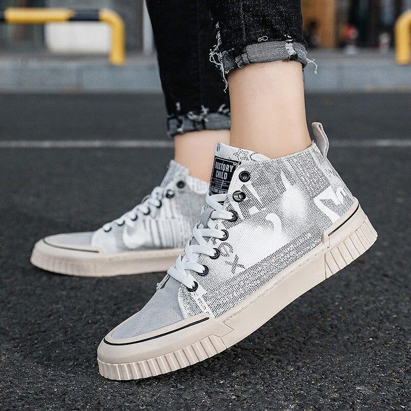 Zapatos casuales para hombres, zapatos de lona estampados de alta calidad, Joker, zapatos simples para exteriores, zapatos planos de moda populares, zapatos vulcanizados para hombres