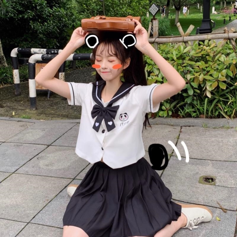 Uniformes japoneses JK, uniforme de Universidad con bonito Panda bordado, Tops de manga corta, Falda plisada, traje femenino, uniforme escolar de verano para chica