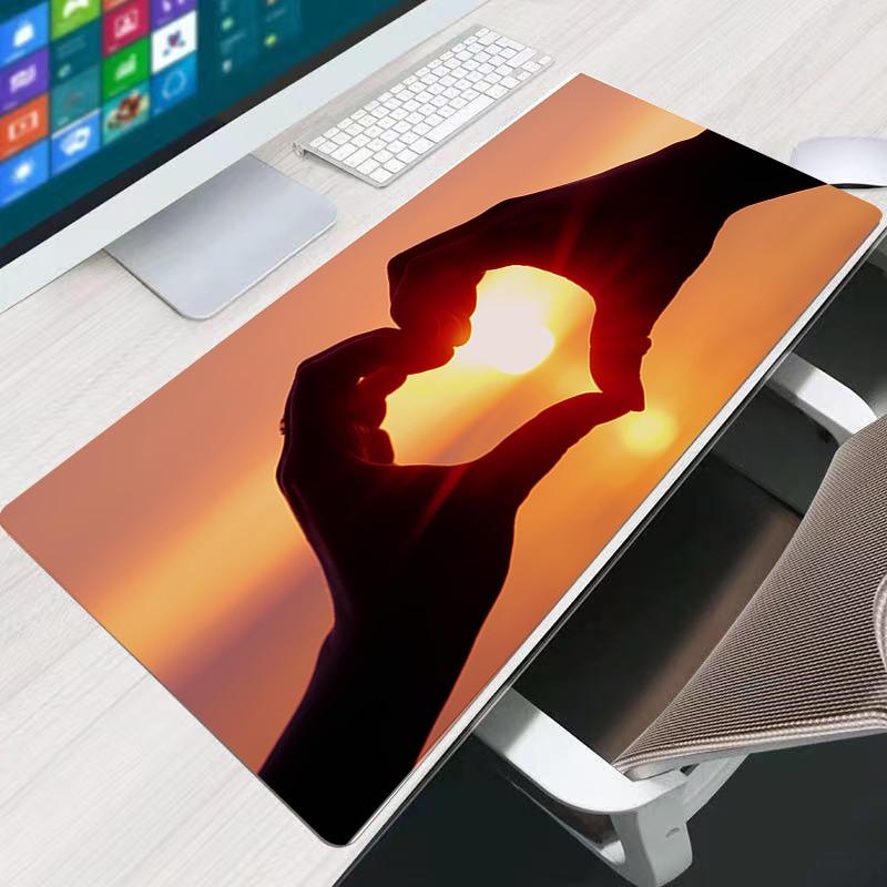 Gesture love Large Mouse Pad Carpet Laptop Pc Gamer Keyboard Mousepad Edge White Tassel Rubber Table Mat for Pet enlarge