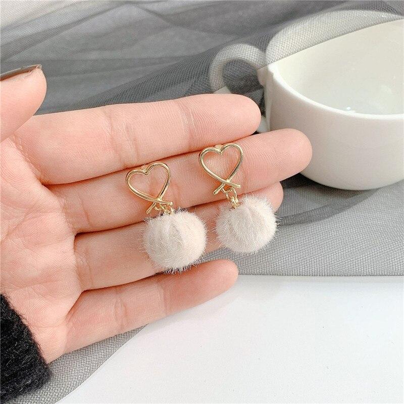XIALUOKE Korea Mode Metall Herz Stud Ohrringe Für Frauen Winter Trendy Haar Birne Schmuck Zubehör ER248