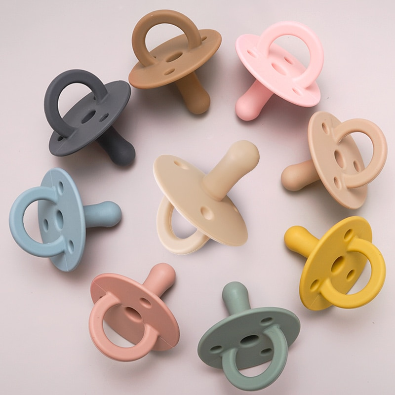 Hot Sale New Soft Silicone Baby Pacifier Infant Teether Toys Food Grade Chain Pendant
