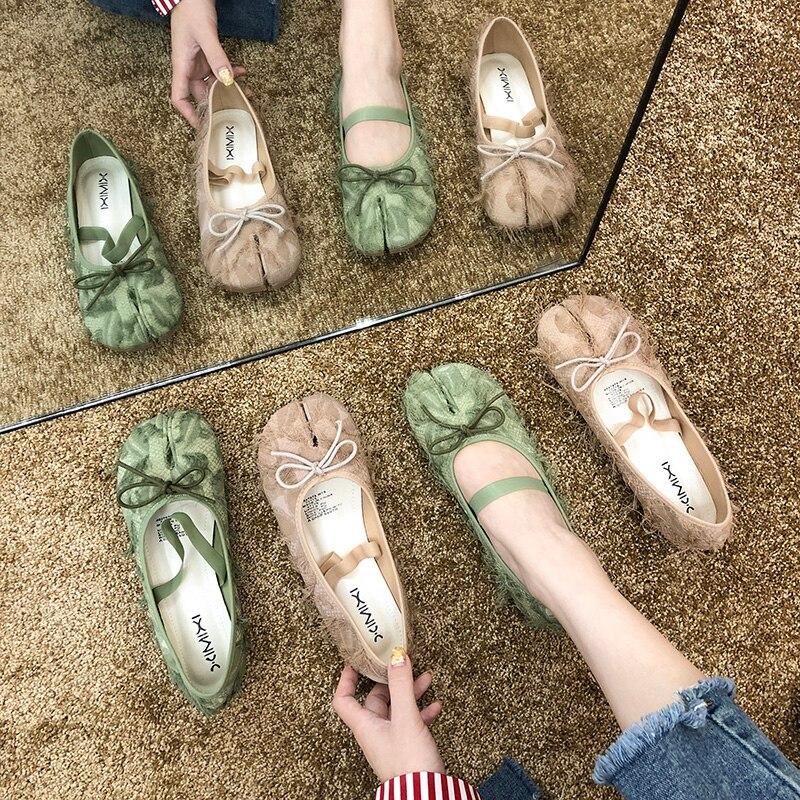 Único sapatos femininos preguiçoso vento borla split-toe sola macia ballet apartamentos de fadas colher sapatos trotter sapatos mulher