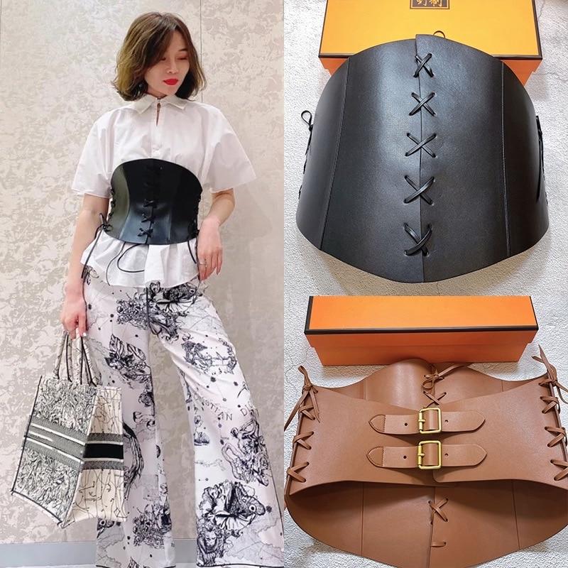 موضة المرأة موضة 2021 العلامة التجارية الفاخرة مصمم جلد طبيعي حزام عريض الدانتيل يصل تعادل مشد لفستان القوطي اكسسوارات