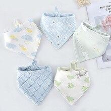 Baberos triangulares de algodón con estampado de dibujos animados para bebé, toalla para Saliva, delantal de alimentación, Bandana de algodón, 5 unids/lote