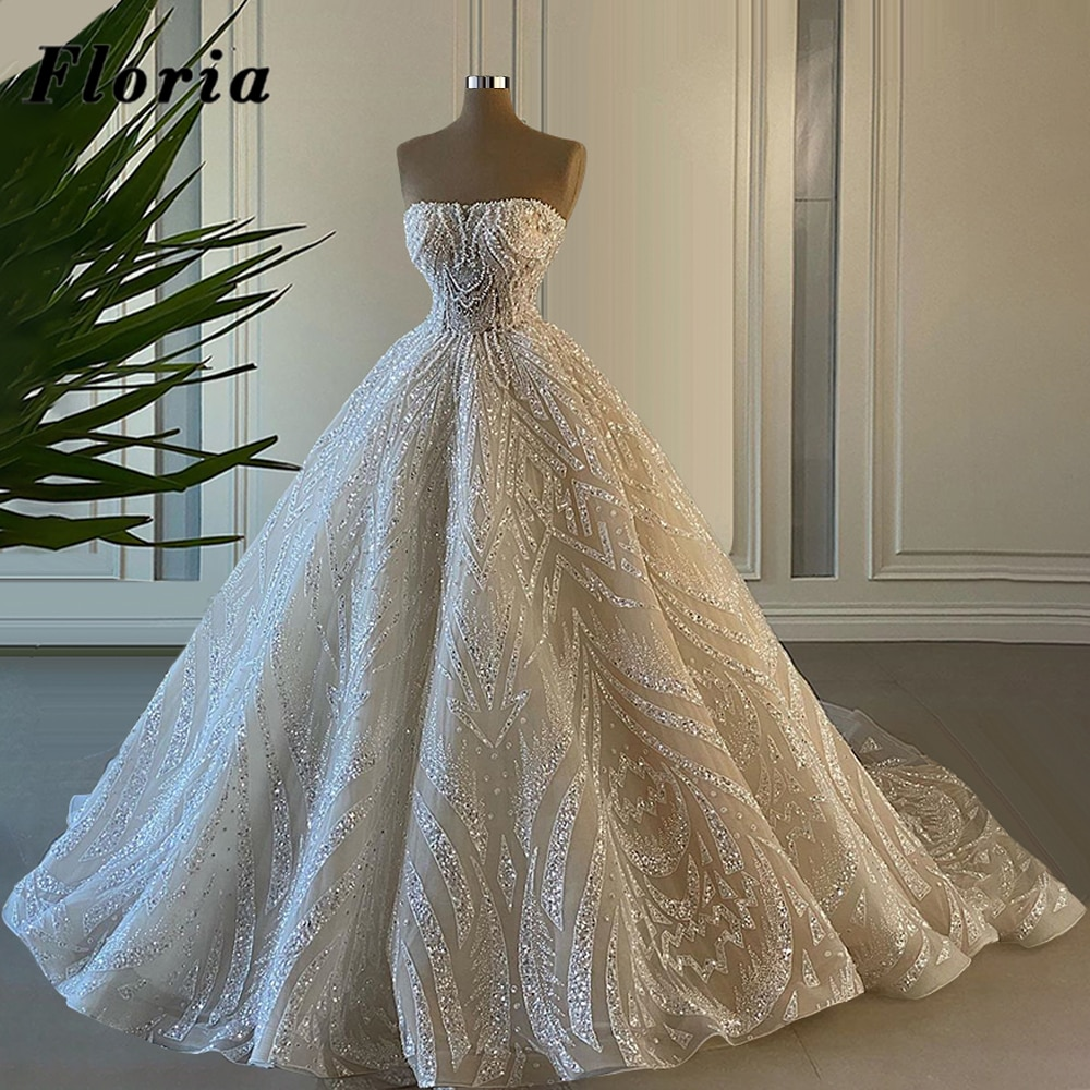 فستان زفاف فاخر مطرز باللؤلؤ ، فستان زفاف مخصص بدون حمالات ، عربي ، دبي ، قطار طويل