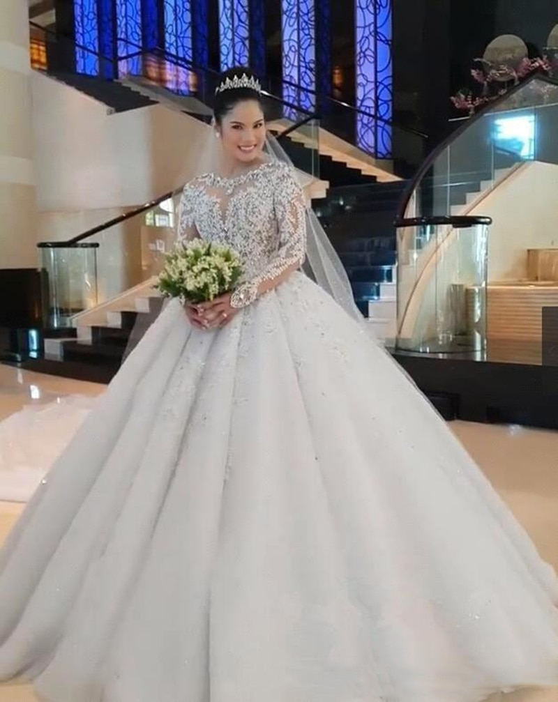luxury long tail satin red bling ball gown wedding dresses newest sexy designer bridal wedding gowns with sleeves Grace New Luxury Lace Ball Gown Wedding Dresses Long Sleeves Beaded Appliques Jewel Neck Court  Wedding Bridal Gowns Custom Made