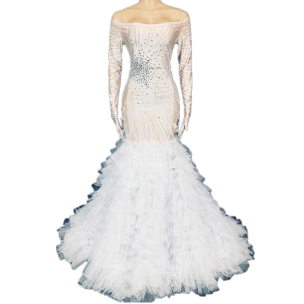 فستان طويل مزين بالماس ، أكمام طويلة ، أكتاف عارية ، مخطط ، مرصع بالماس ، ملابس نسائية رسمية ، فستان رقص الفالس