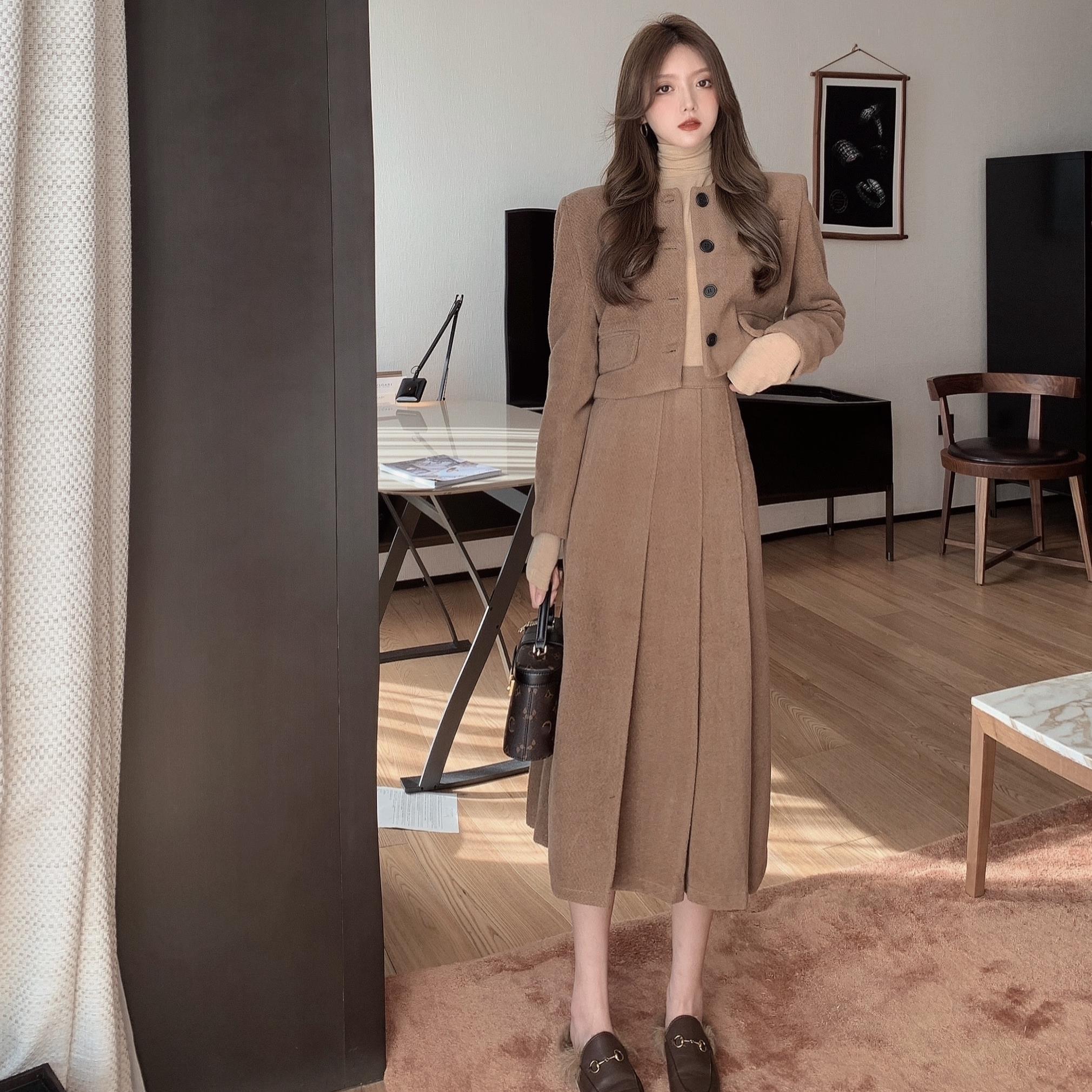 Autumn And Winter Elegant Women's Skirt Suit Vintage Jacket Woolen Short Coatpleated Skirt Two-Piece Set Female