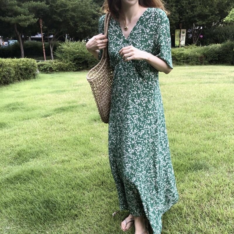 Korean Chic French Minority Spring/Summer Vintage Small Floral Short Sleeve V-neck Long Temperament