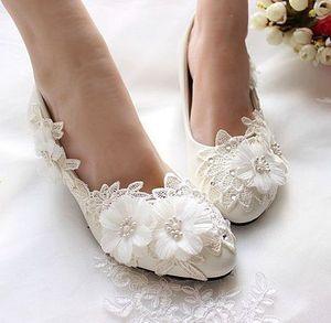 3CM tiny heel sweet lace flower pumps shoes woman handmade designer bridal wedding shoes white for bride bridal