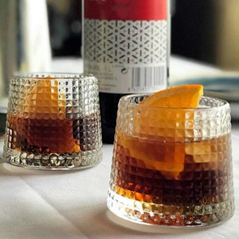 الضغط 2 قطعة/المجموعة سميكة ويسكي النبيذ الزجاج 160-200 مللي الدوران الدورية الفودكا الأرواح كأس الرئيسية شريط متعددة الأغراض Drinkware