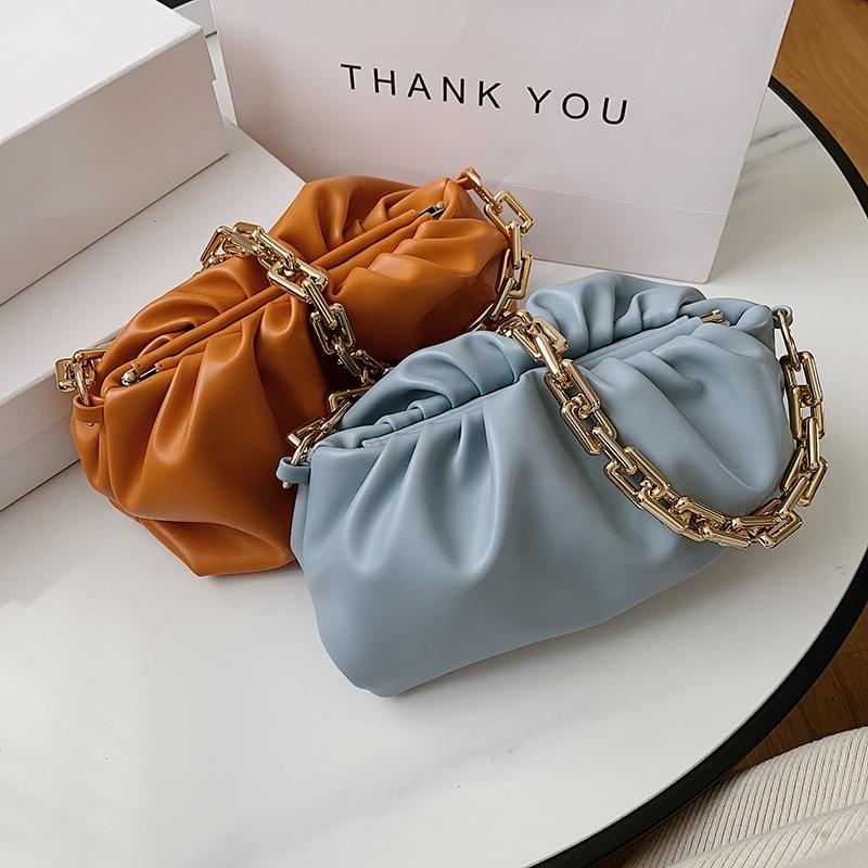 حقيبة يد نسائية من جلد البولي يوريثان الناعم بسلسلة ذهبية ، حقيبة كتف ، لون خالص ، صيف 2020