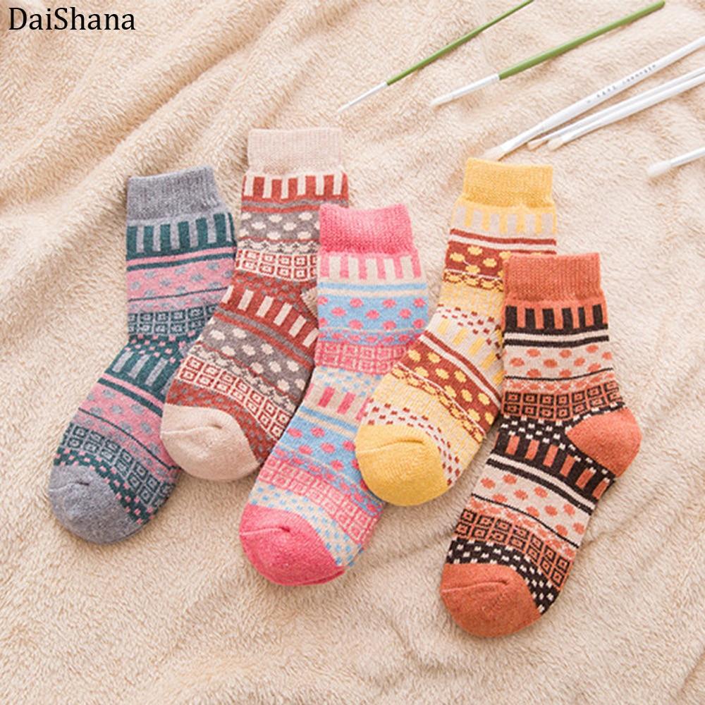 DaiShana 2019 New Winter Thick Warm Wool Women Socks Colorful Socks Fashion Casual Euramerican Christmas Cotton Socks Gift 1pair