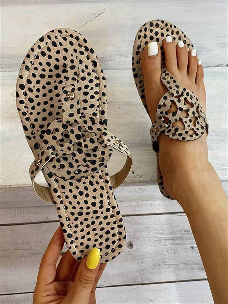 2021 New Women's Shoes Fashion Casual Leopard Print PU Flip Flops Love Hollow Flat Bottom Comfortable Summer Sandals 6KF143