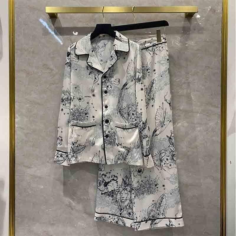 اطقم بيجاما حريمي 2021 للربيع والصيف بدلة ساتان للسيدات مطبوع عليها طائر قميص طويل الاكمام بناطيل مستقيمة بدلة