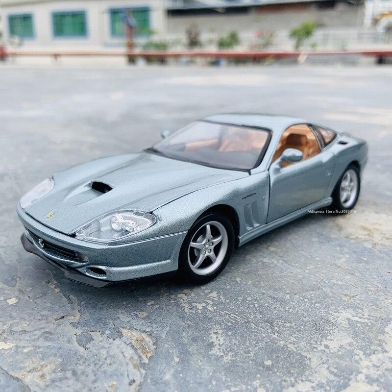 Bburago 1:24 Ferrari 550 MARANELLO manufacturer authorized simulation alloy car model crafts decoration collection tools