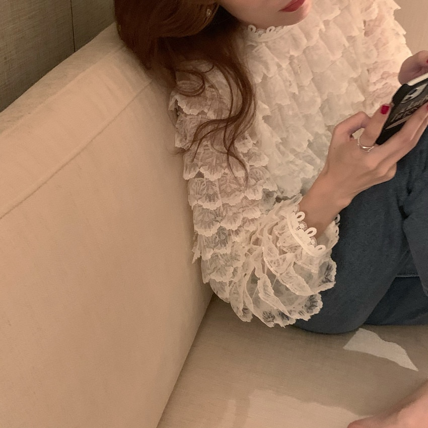 H3f970ef562794697b8e78d37b7e0bffdN - Spring / Autumn O-Neck Long Sleeves Hook Flowers Hollow Out Ruffles Blouse