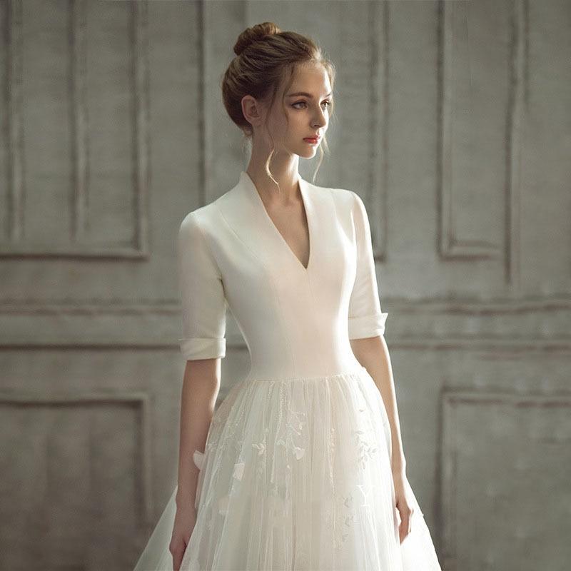 Promo 2021luxury quality fashion women's V-neck dress high-end Satin stitching white wedding dress dignified and elegant wedding dress