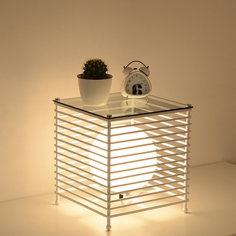 Modernas luces de mesa de jaula de hierro, luminaria LED para decoración de suelo de dormitorio, accesorios de iluminación, estante de estudio, lámpara de mesa con estilo Ins