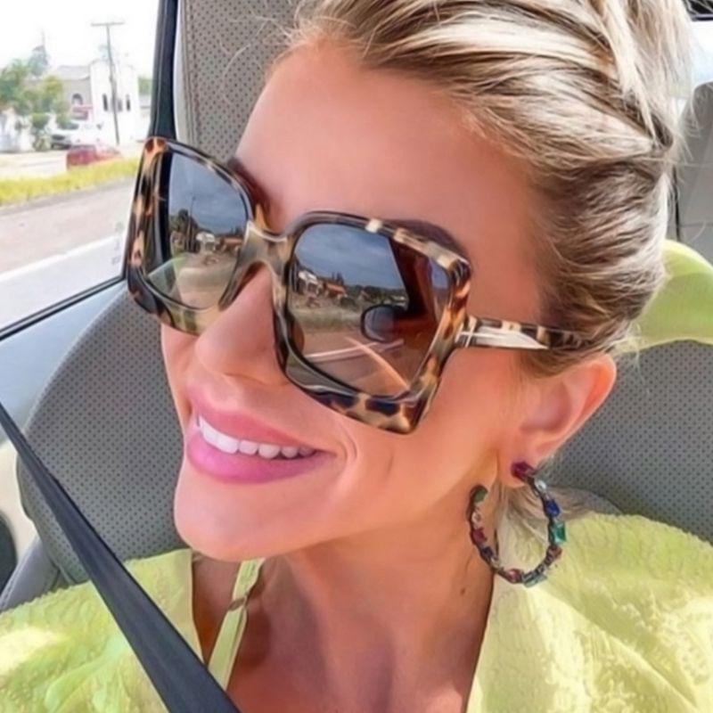 Óculos de sol feminino de plástico, óculos de sol feminino de grandes dimensões, de plástico, com lentes degradê 2020
