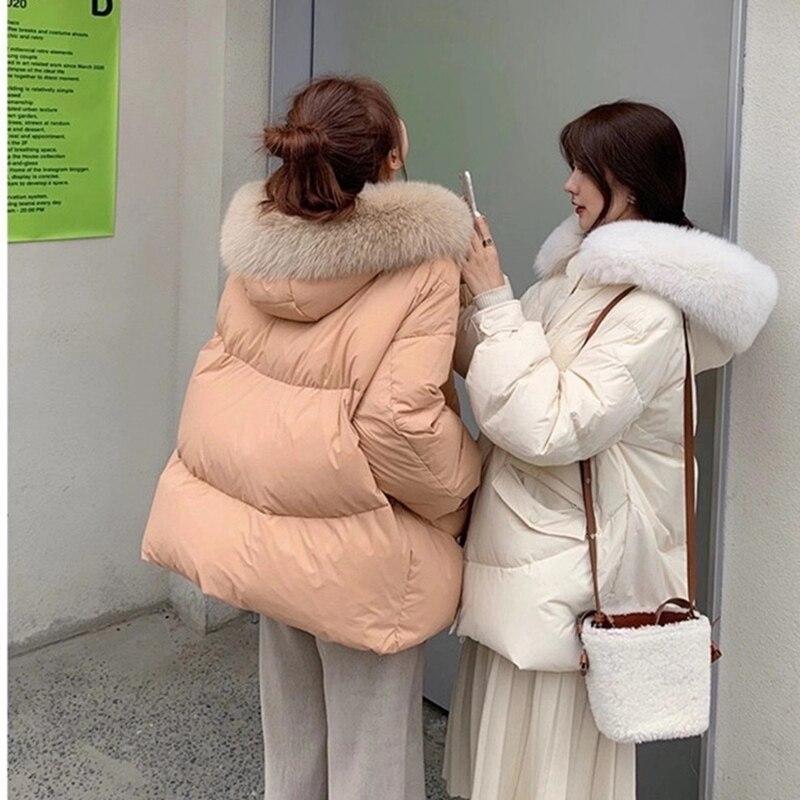 سترة نسائية ثقيلة قصيرة شتاء 2021 ملابس نسائية جديدة سميكة الدفء فطيرة فضفاضة التغلب على معطف بياقة من الفرو الكبير
