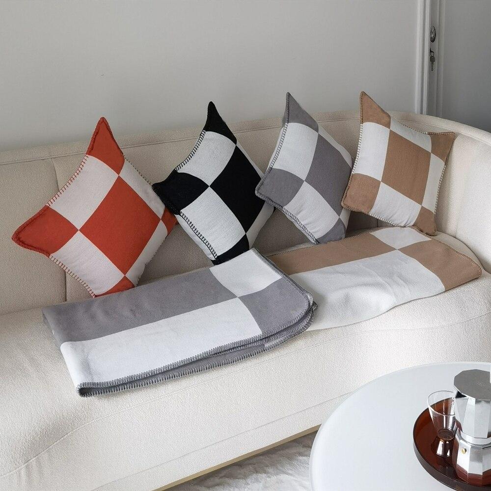 H وسادة الشمال نمط نموذج غرفة الغداء كسر وسادة أريكة سيارة الخصر وسادة الظهر الصوف محبوك المخدة