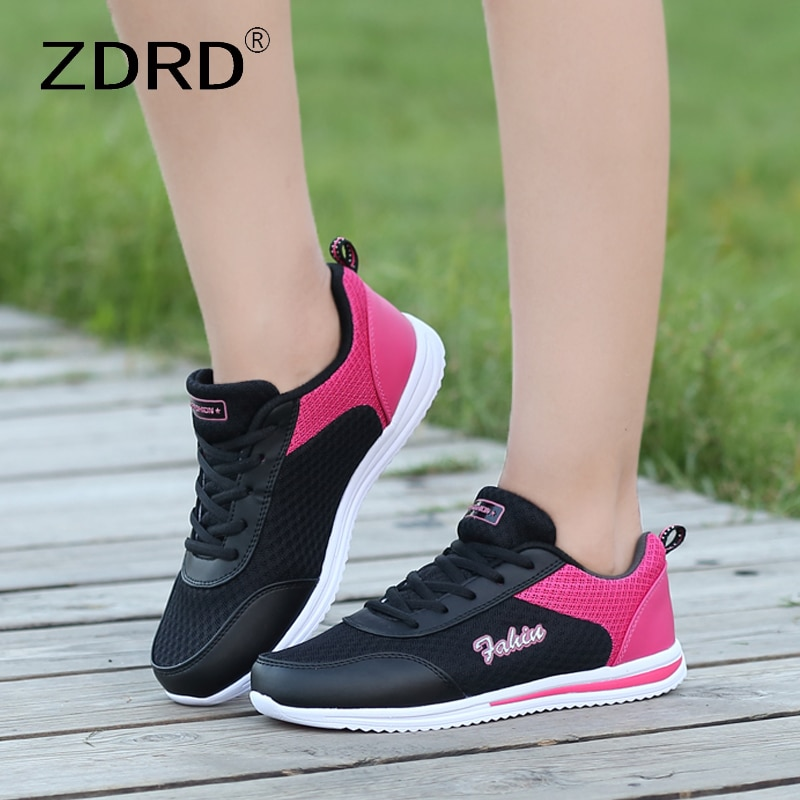 Casual Sneaker New Fashion Woman Vulcanization Shoes 2021 Mesh Breathable Ladies Platform Sneaker Soft Mixed Colors Flats