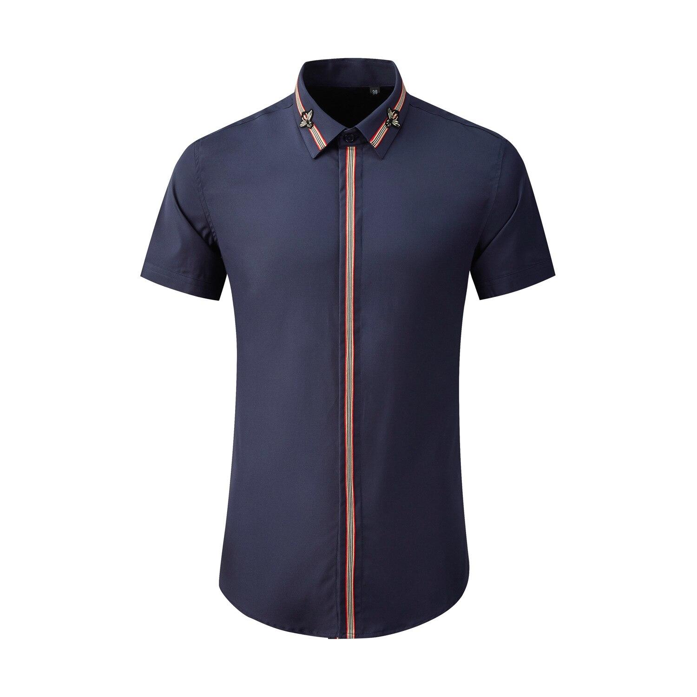 جديد أزياء الصيف قصيرة الأكمام طوق بلاكيت الشريط الديكور الرجال بسيطة الملابس عارضة قمصان رسمت باليد زائد حجم M-4XL