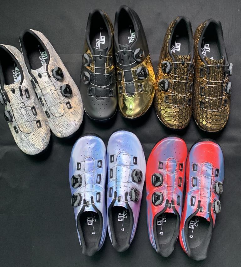 Sapatas de ciclismo semi personalizadas calor moldável 3 k fibra de carbono bicicleta de estrada sapatilha cadarços auto-travamento termoplástico sapatos de bicicleta