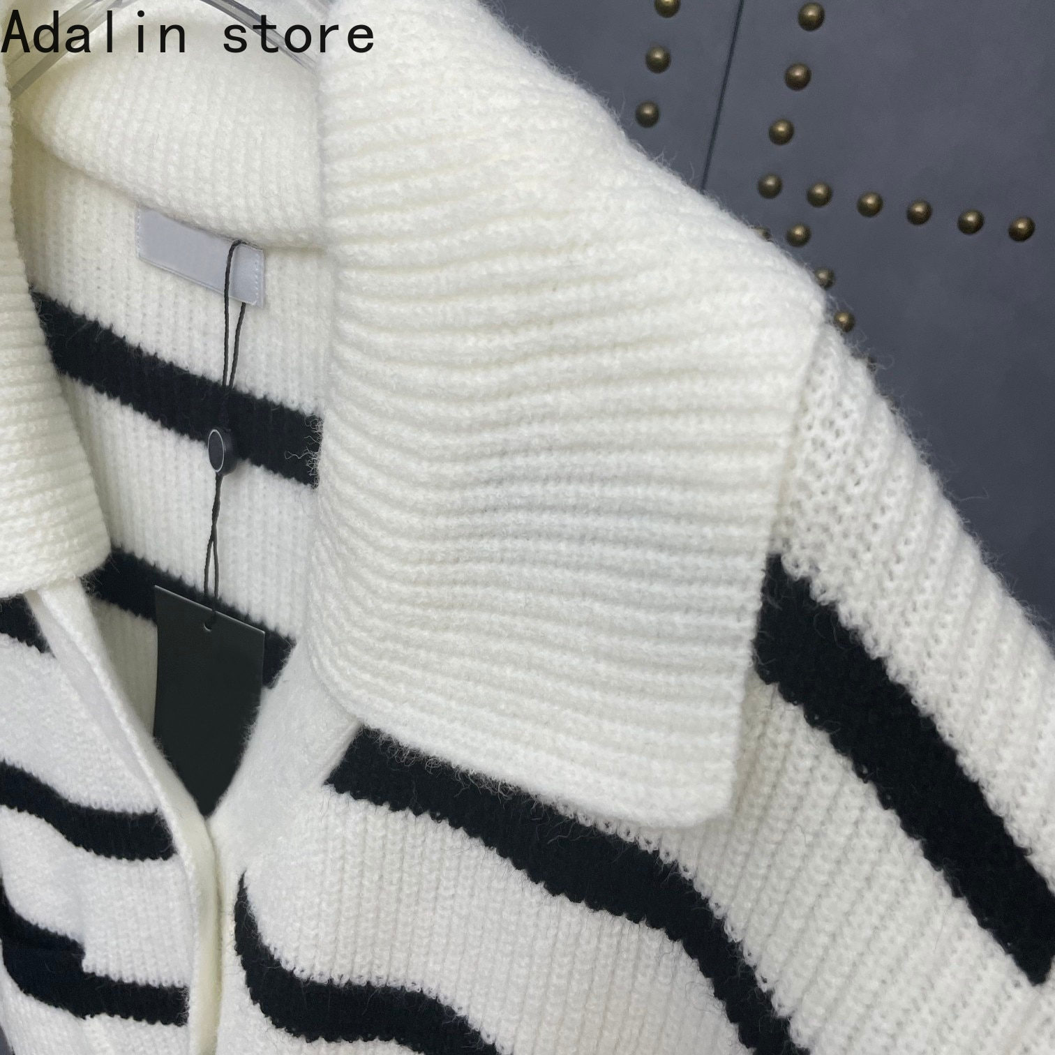 2021 high quality autumn and winter new fashion women's contrast striped long sleeved cardigan simple single breasted coat enlarge