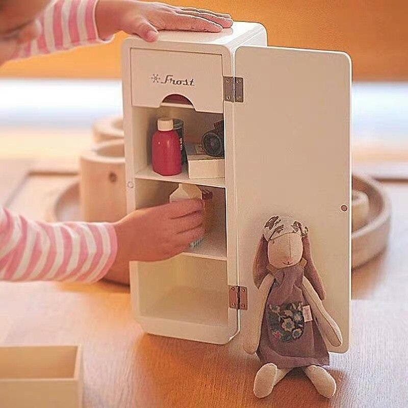 Refrigerador de madera sencillo nórdico, mini juego de muebles de simulación de expertos para niños, adecuado para muñecas de 6 puntos