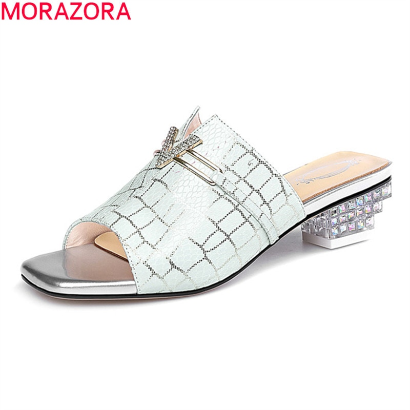 MORAZORA 2021 جديد ماركة النساء الصنادل منخفضة الكعب ساحة تو أحذية الحفلات الصيف موضة جلد الغنم 2 ألوان البغال أحذية أسود