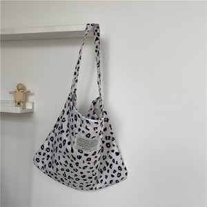 Designer Handbags 2020 Women Shoulder Bags High Quality Canvas Soft Printing Polka Dot Clutch Bags Shopping Bags for Girls Large