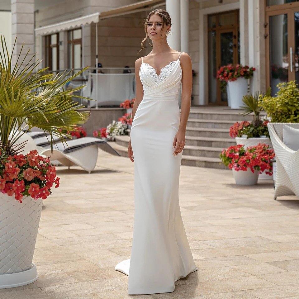 Promo Spaghetti Straps Mermaid Wedding Dresses 2021 V-Neck Lace Pleat Satin Simple Bridal Gown Sweep Train Sleeveless Backless
