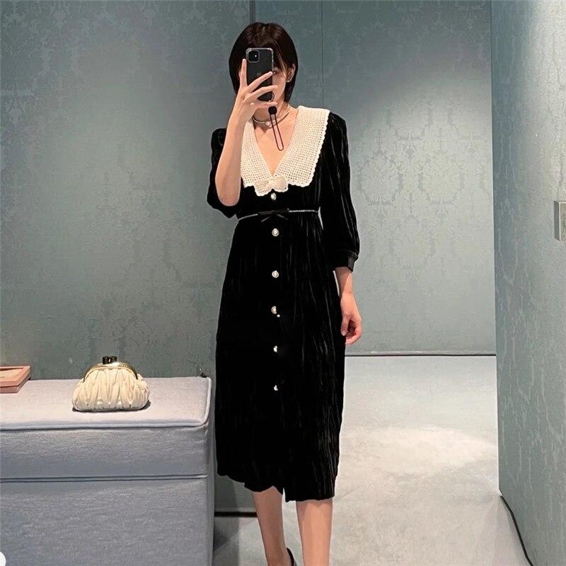 فستان نسائي جديد خريفي من Miu موضة 2021 ، فستان أسود عتيق طويل ومتوسط من المخمل